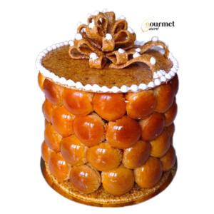 GourmetSucré vous propose le croquembouche composé d'une pâte a choux et son craquelin caramélisé, d'une crème onctueuse vanille, chocolat ou praliné et fine nougatine à la noisette.