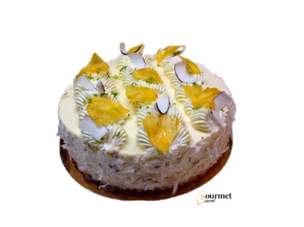 GourmetSucré vous propose l'entremets fabuleusement ananas, composé d'un streusel coco, d'une bavaroise ananas, d'un insère ananas et d'une chantilly citron vert.