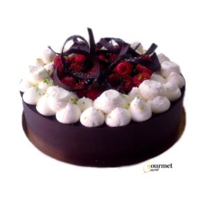 GourmetSucré vous propose le Création, entremets chocolat/fruit rouge, cousin de la forêt noire, composé d'une génoise chocolat, d'une ganache vanille citron vert, d'un coulis de fruit rouge et d'une garniture fruit rouge.